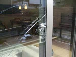 花見川区で空き巣被害ガラスの修理・交換