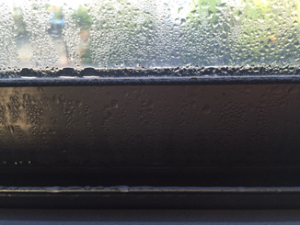 習志野市のガラスの結露