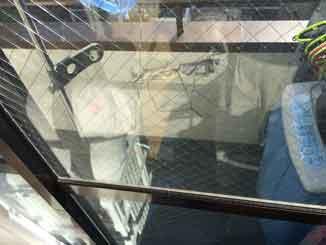 江東区の網入りガラスさび割れ