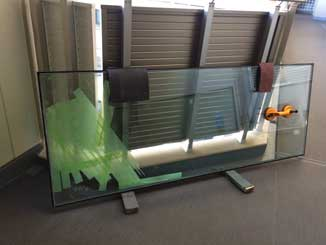 江東区のマンション複層ペアガラス熱割れ