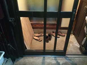 佐倉市の玄関引戸ガラス割れ