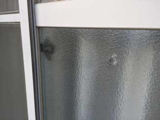 空き巣によるガラス破損