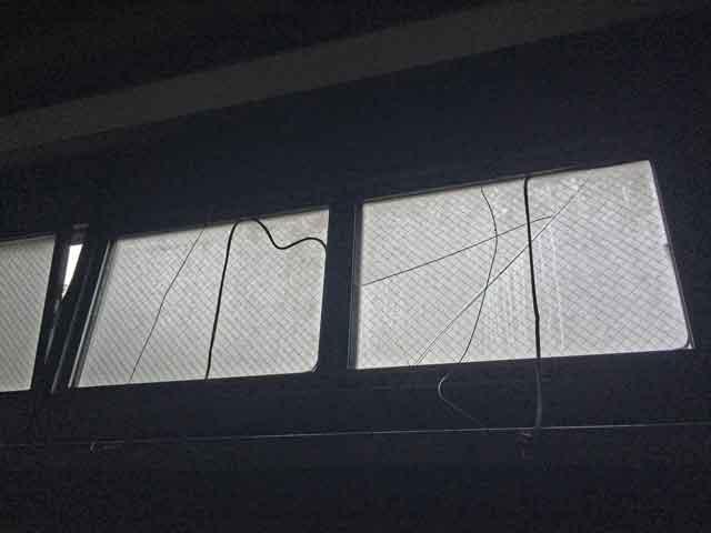 排煙窓の修理・交換前