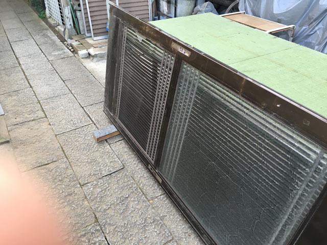 八千代台西の玄関引戸修理前