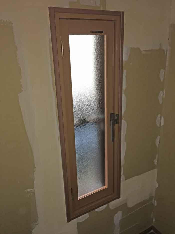開き窓タイプ