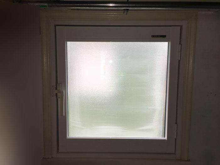 プラマードU 内開き窓